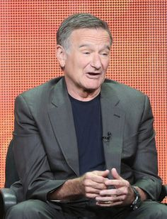 Fans and celebrities mourn death of Robin Williams after suspected suicide
