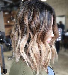 Pinterest: hollyyazdi http://noahxnw.tumblr.com/post/157428684031/beautiful-short-pixie-haircuts-styles-short
