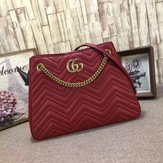 Gucci GG Marmont matelassé shoulder bag red 453569