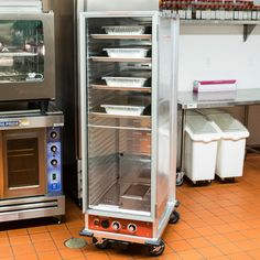 Avantco Full Size Non-Insulated Heated Holding / Proofing Cabinet with Clear Door -