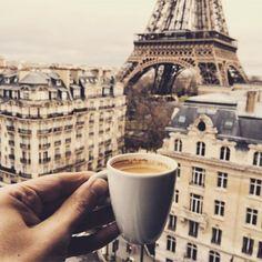Cappuccino, macchiato, cafe latte eller måske en cafe mocha? #coffee #paris