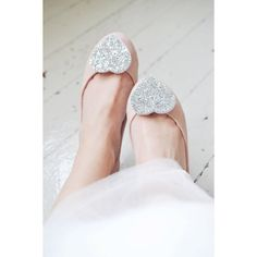 Hey, I found this really awesome Etsy listing at https://www.etsy.com/listing/129649503/wedding-shoe-clips-bridal-shoe-clip
