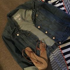 Old Navy Jean Jacket Size Large Old Navy Jean Jacket Size Large. Looks adorable over a maxi dress or romper. So versatile. Old Navy Jackets & Coats Jean Jackets