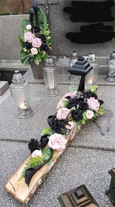 Grave Decorations, Wedding Ceremony Decorations, Flower Decorations, Christmas Decorations, Funeral Flower Arrangements, Funeral Flowers, Ikebana, Flower Crafts, Flower Art