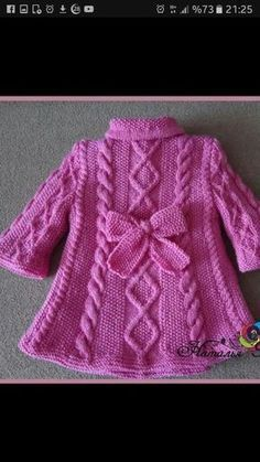 This Pin Was Discovered By Best Stricken - Diy Crafts - Hadido - Diy Crafts Crochet Dress Girl, Knit Baby Dress, Knit Baby Booties, Crochet Baby Clothes, Baby Cardigan Knitting Pattern Free, Baby Knitting Patterns, Knitting Designs, Baby Patterns, Baby Sweaters