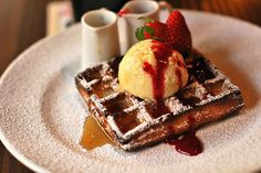 im-horngry:  Belgian Waffles- As Requested!