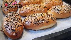 les minis pains farcis sans pétrissage, recette rapide Mini Pains, Garlic Butter Chicken, Bagel, Hamburger, Bread, Minis, Recipes, Food, French Pastries