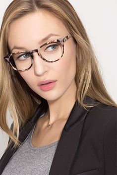f8c82ee06d Notting Hill M - women model image Women With Glasses