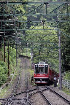 Hakone mountain Railway 箱根登山鉄道 Gradient of 80‰