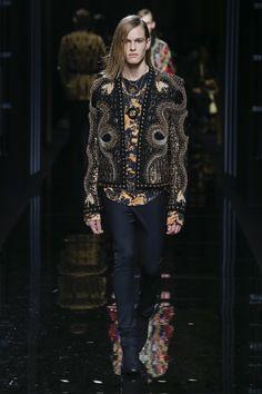 Balmain | Menswear - Autumn 2017 | Look 81