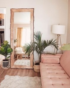 Stunning Pink Living Room Decor Ideas To All Lovely Girls - Moderne Inneneinrichtung Living Room Furniture, Living Room Decor, Living Spaces, Bedroom Decor, Living Rooms, Bedroom Couch, Living Room Plants, Living Room Mirrors, Furniture Sets
