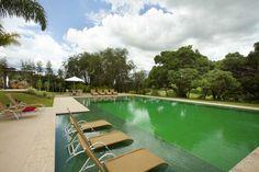 Portal diário Decor, piscina, ver mais em diariodecor.com.br #piscina #pool #casa #home #house #AldomarCaprini