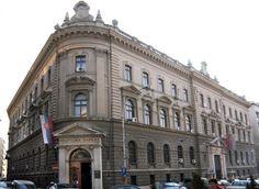 Блокиране 73 школе, дуг 120,6 милиона динара - http://www.vaseljenska.com/drustvo/blokirane-73-skole-dug-1206-miliona-dinara/