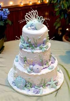 Beach wedding cake You should copy this for her...love it!!