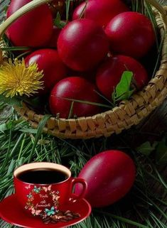 Good Morning Picture, Morning Pictures, Orthodox Easter, Greek Easter, Easter Wishes, Happy Easter, Easter Eggs, Fruit, Spring