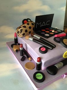 MAC Birthday Cake OMG Alisha if I could afford to do this for u I so would! Pretty Cakes, Cute Cakes, Beautiful Cakes, Amazing Cakes, Fun Cupcakes, Cupcake Cakes, Cosmetology Cake, Mac Cake, Girly Cakes
