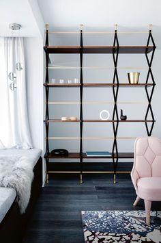 29 Ideas modern furniture details bookshelves for 2019 Contemporary Bookcase, Modern Bookshelf, Bookshelf Design, Bookshelves, Farmhouse Living Room Furniture, Modern Furniture, Bookcase With Glass Doors, Shelving, Home And Family