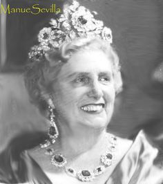 Duchess Rosa de Württemberg wearing her spectacular sapphire tiara.