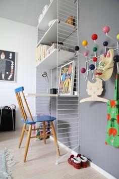 Baby Bedroom, Kids Bedroom, String Shelf, String System, Kids Room Furniture, Nordic Interior, Kids And Parenting, Kids Rugs, Shelves