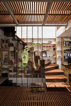 lames de fusta_A21 House by A21 Studio Saigon Vietnam
