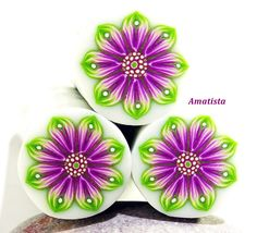 Polymer clay flower cane: Raw polymer clay cane - Millefiori cane supplies - Green and purple flower cane - Supplies for jewelers Sculpey Clay, Polymer Clay Canes, Polymer Clay Flowers, Polymer Clay Jewelry, Clay Crafts, Arts And Crafts, Paper Crafts, Alcohol Ink Crafts, Clay Tutorials