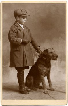 vintage everyday: Old Photographs of Dogs and Their Owners in London Vintage Children Photos, Vintage Pictures, Old Pictures, Airedale Terrier, Terrier Dogs, Welsh Terrier, Vintage Illustration, Photos With Dog, Vintage Dog