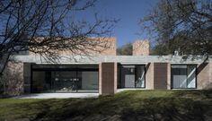 Gallery of GPL House / Estudio BLT - 5