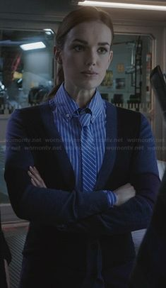 Simmons' blue striped shirt with matching tie on Agents of SHIELD. Female Superhero, Superhero Characters, Elizabeth Henstridge, Black Widow Winter Soldier, Librarian Chic, Women Ties, Marvel Funny, Geek Chic, Female Images