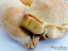 Empanadas Argentinas, perfeito para lanche no final da tarde. Clique na imagem para ver a receita no Manga com Pimenta.