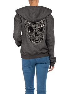 Skull Hoodie.... i want this!!!