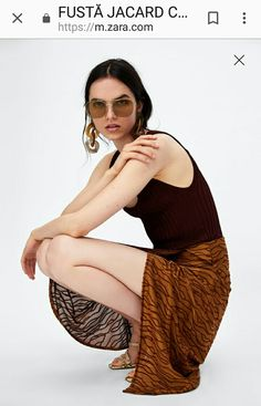 Zara caramel jacard skirt