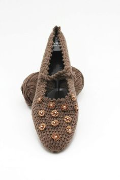 Coffe cream Light brown with little ribbon by Themagicofcolors, $24.99 #slippers #etsy #fallfashion