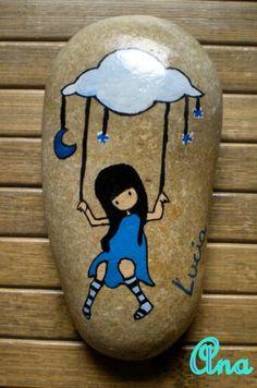 Pintada a mano con pinturas  acrilicas  en piedra natural.