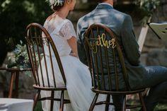 """""""Better togheter"""" Schriftzug an den Stühlen des Brautpaars. #stuhldeko #schrift #hochzeit #realwedding #vintage #gold #hochzeitsdeko #ideen Gold, Vintage, Instagram, Script Logo, Newlyweds, Vintage Comics, Yellow"""