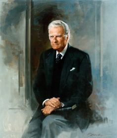 Billy Graham, preacher, evangelist, with a passion to win souls for Jesus Christ. Billy Graham Family, Billy Graham Quotes, Rev Billy Graham, Bill Graham, Stephen Hawking, Martin Luther King, Franklin Graham, Einstein, Real Hero