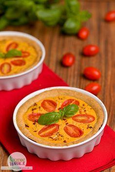 Mini Tarta z Kremowym Serkiem z Pomidorami i Bazylią