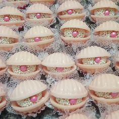20 ideas for birthday themes girls ideas party games Mermaid Party Games, Mermaid Party Invitations, Mermaid Party Decorations, Little Mermaid Parties, Mermaid Cupcake Toppers, Mermaid Cupcakes, Girl Birthday Themes, Mermaid Birthday, Party Cakes