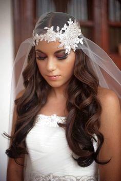 bride with gorgeous viel