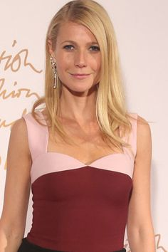 Gwyneth Paltrow's six step guide to Christmas shopping. She may be a bit pretentious, but she's mad organized... #shopping #organize