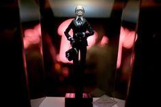 Lagerfeld e Dior: exposição reúne mais de 50 Barbies no SPFW - Terra Brasil