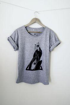 #tshirt #corvo Camiseta estampada Tamanho M Cor Cinza Composição 88% algodão e 12% poliéster // Produto disponível  também no tamanho G na cor branca //  $80