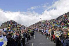 This was the scene at Buttertubs Pass. | 31 Beautiful Images Of The Tour De France In Yorkshire