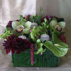San Diego Wholesale Flowers & Supplies - Square Ti Leaf & Horsetail Wrap