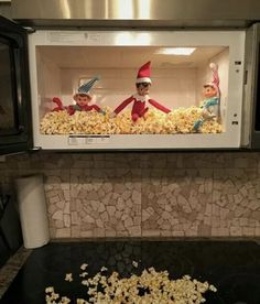 Elf Antics : Elf on a shelf Check out these funny and easy Elf on the Shelf Ideas for Kids. These will make great holiday activities for kids over the festive season. Christmas Elf, All Things Christmas, Christmas Crafts, Christmas Carol, Christmas Bedroom, Magical Christmas, Christmas Kitchen, Funny Christmas, Christmas Presents