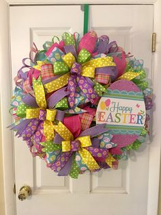 15 Spring and Easter Crafts Spring and Easter Crafts . 15 Spring and Easter Crafts . Over 33 Easter Craft Ideas for Kids to Make Simple Cute Wreath Boxes, Diy Wreath, Burlap Wreath, Wreath Making, Wreath Ideas, Easter Wreaths, Holiday Wreaths, Holiday Crafts, Spring Wreaths