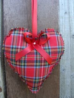 Tartan heart - cute decoration for Burns Night!