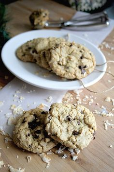 Toasted Coconut and Browned Butter Chocolate Chip Cookies  | Doughmesstic