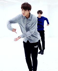 Jungkook dancing