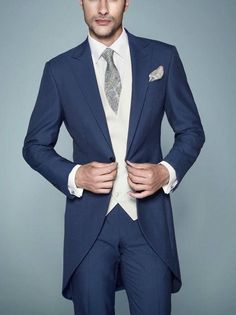 New Arrivalc Morning Stylish Peak Lapel Navy Blue Tailcoat Groom Tuxedos Haut…