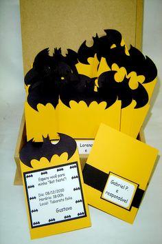 MARIA EXIBIDA: Batman                                                                                                                                                     Mais